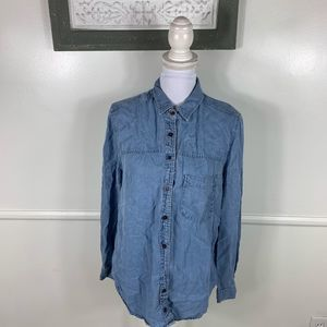 Holding Horses Chambray Button Down Large